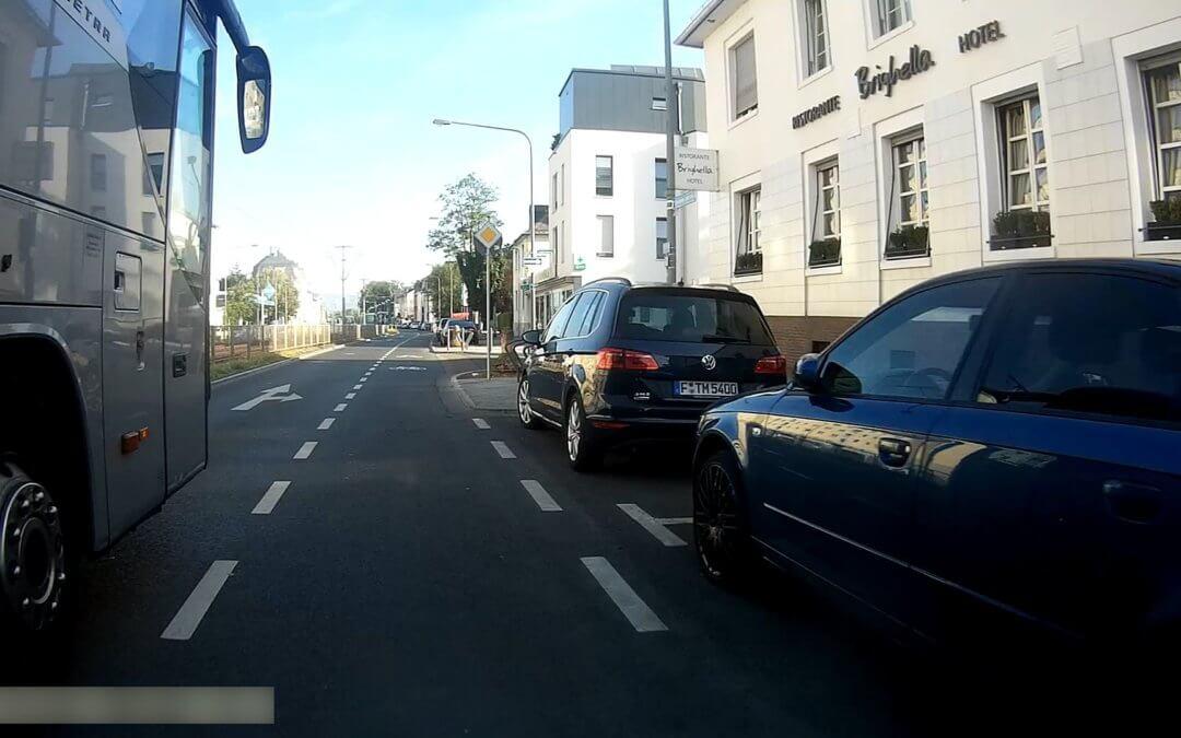 Mangelhafte Radinfrastruktur, Teil 1: Schutz- und Radfahrstreifen