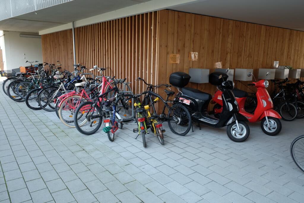 fahrrad von anfang an wohnen und fahrrad radentscheid frankfurt. Black Bedroom Furniture Sets. Home Design Ideas