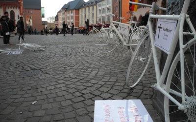 Gedenken an sechs tödlich verunglückte Radfahrer*innen im Jahr 2018